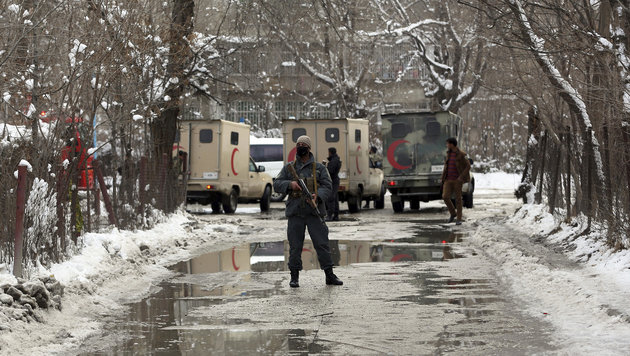 Zahlreiche Tote bei Anschlag vor Höchstgericht (Bild: Associated Press)