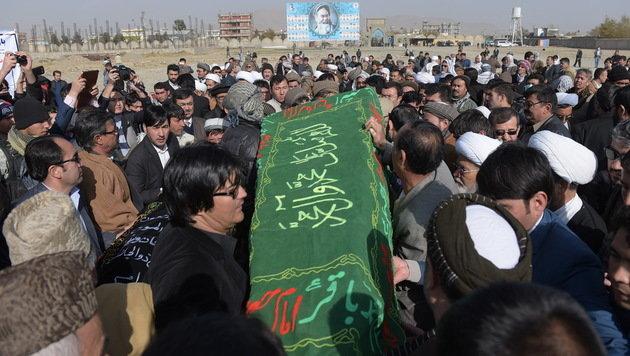 Beerdigung schiitischer Terroropfer in Kabul (Bild: AFP)