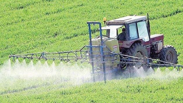 338 Tonnen Glyphosat landeten 2014 auf Österreichs Feldern (Bild: keinegentechnik.at)
