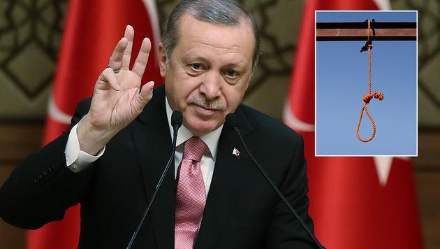Erdogan rechnet mit der Wiedereinführung der Todesstrafe in der Türkei. (Bild: AP)