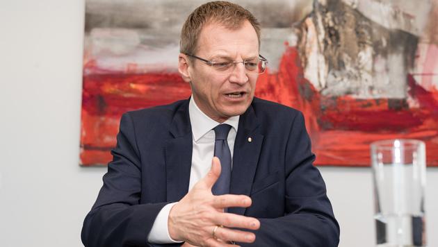 Thomas Stelzer (Bild: FOTOKERSCHI.AT/KERSCHBAUMMAYR)