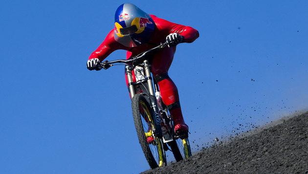 Chile: Tiroler rast mit Mountainbike zu Weltrekord (Bild: Red Bull Content Pool/Philip Platzer)