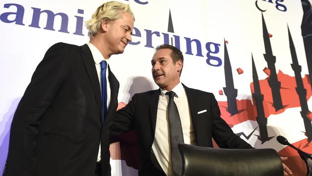 """2015 war Wilders auf Einladung der FP zum Thema """"Europas Bedrohung durch die Islamisierung"""" in Wien. (Bild: APA/HELMUT FOHRINGER)"""