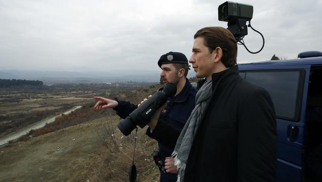 "Balkanroute: Kurz lobt Ende des ""Weiterwinkens"" (Bild: APA/DRAGAN TATIC)"