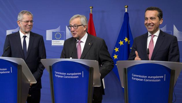 Alexander Van der Bellen, Jean-Claude Juncker und Christian Kern (Bild: AP)