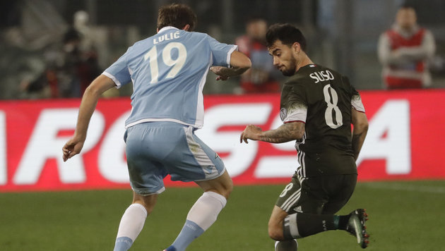 Milan rettet spätes Remis bei Lazio (Bild: AP)