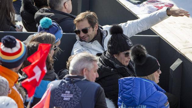 Ski-Fan Roger Federer wieder einstellig (Bild: AP)