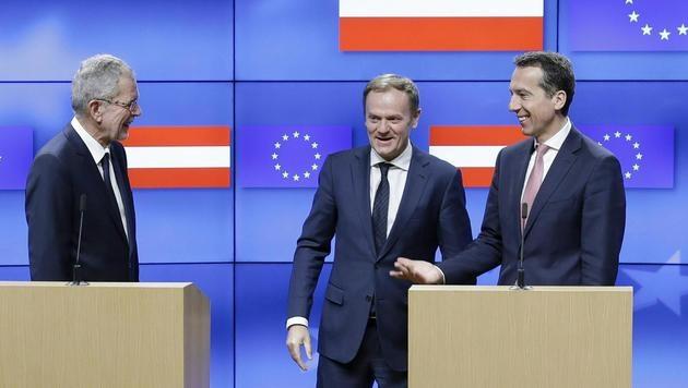 Alexander Van der Bellen, Donald Tusk und Christian Kern (Bild: APA/BKA/ANDREAS WENZEL)