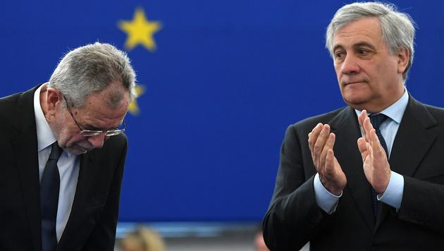 Alexander Van der Bellen und EU-Parlamentspräsident Antonio Tajani (Bild: AFP)