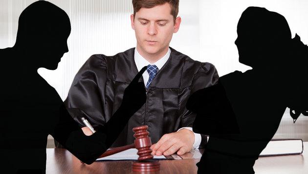 Bei Scheidung flogen die Fäuste - Polizeieinsatz! (Bild: thinkstockphotos.de, krone.at-Grafik (Symbolbild))