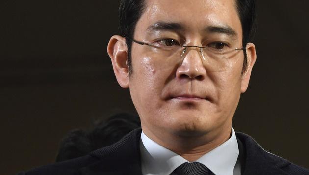 Samsung-Chef Lee ab Donnerstag vor Gericht (Bild: AFP)