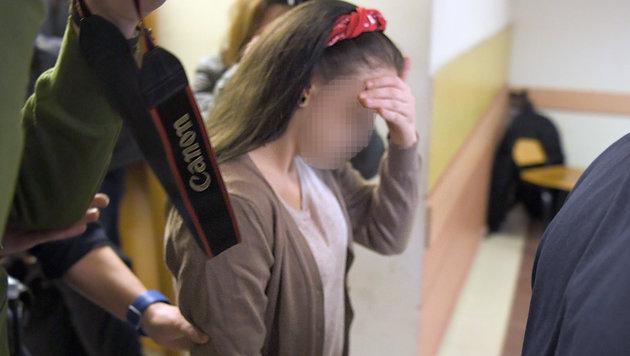 Gefängnisstrafen für Patricias Schläger (Bild: APA/ROLAND SCHLAGER)