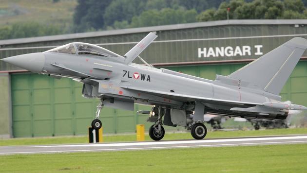 2007 landete der erste Eurofighter in Zeltweg. (Bild: APA)