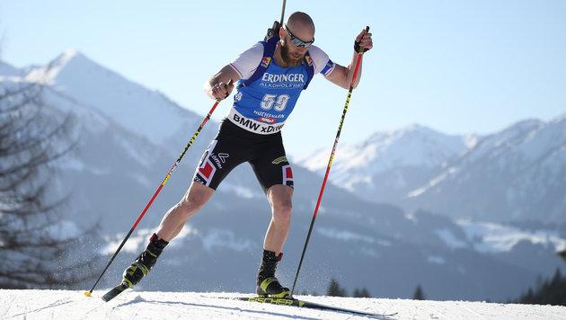 Daniel Mesotitsch beweist, dass man Biathlon auch mit kurzen Hosen und T-Shirt betreiben kann! (Bild: GEPA)