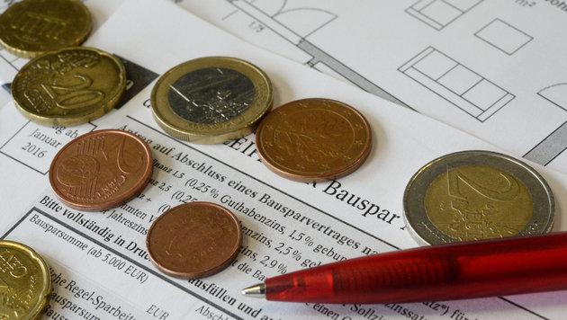 Zuwachs bei Krediten, aber weniger neue Bausparer (Bild: APA/dpa/Franziska Kraufmann (Symbolbild))