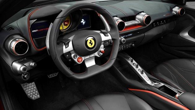 Ferrari 812 Superfast: Nomen est omen (Bild: Ferrari)