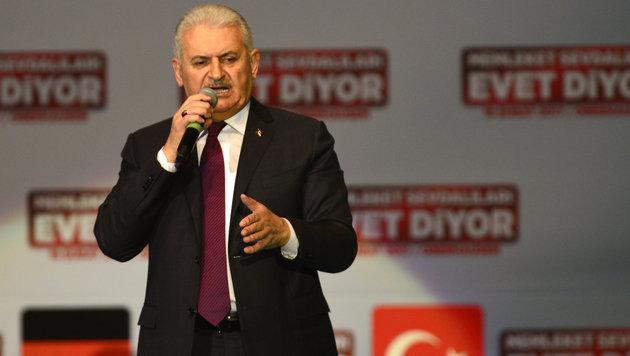 Premier Yildirim machte in Deutschland Stimmung für Erdogans Präsidialsystem. (Bild: AFP)