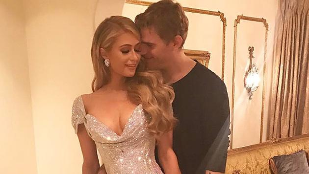 Paris Hilton und Chris Zylka zeigen sich verliebt auf Instagram. (Bild: instagram.com/parishilton)