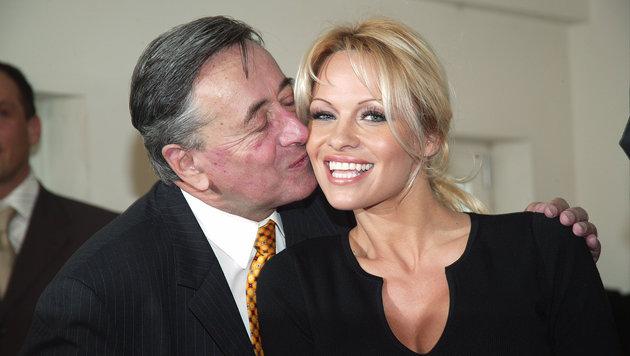 Opernball 2003: Lugner ist happy mit Pamela Anderson (Bild: Leopold Nekula / VIENNAREPORT)