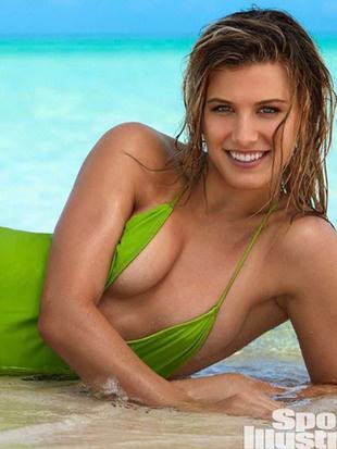 Sportfotos: Fesch! Tennis-Ass posiert im Badeanzug (Bild: Instagram)