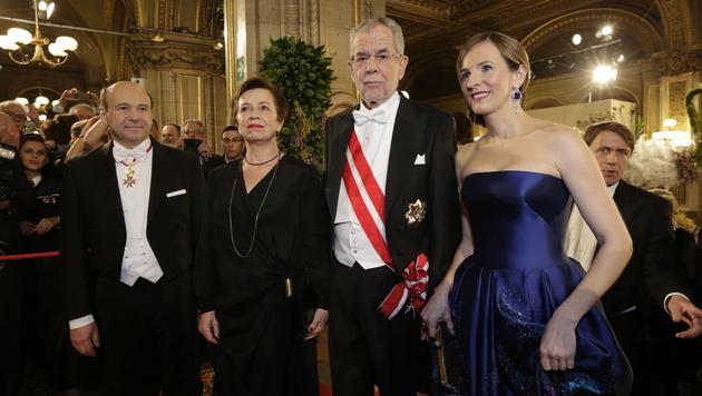 Dominique Meyer, Doris Schmidauer, Alexander Van der Bellen, Maria Großbauer (Bild: Klemens Groh)