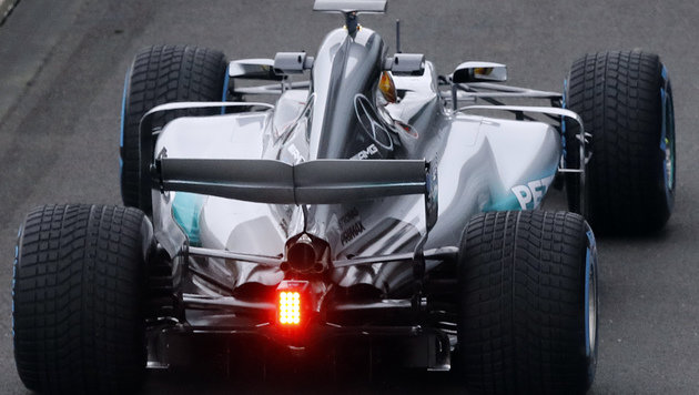 Mercedes: Das ist der neue Formel-1-Bolide! (Bild: AP)