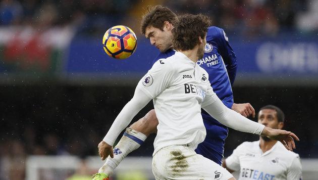 Chelsea baut Führung vorläufig aus (Bild: AP)