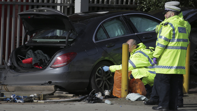 3 Amokfahrten in nur 18 Stunden - Toter, Verletzte (Bild: AFP)