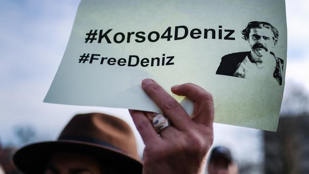 Richter verhängt U-Haft gegen Journalisten Yücel (Bild: AFP)
