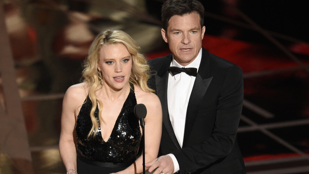 Kate McKinnon und Jason Bateman (Bild: Chris Pizzello/Invision/AP)