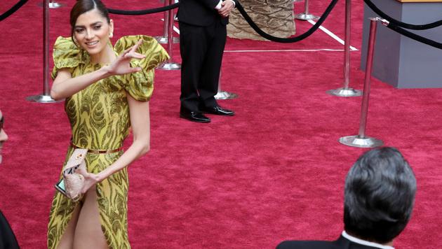 Blanca Blanco ließ sich unter ihr Kleid schauen. (Bild: Jordan Strauss/Invision/AP)