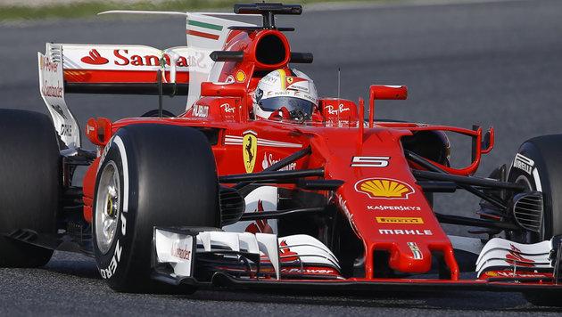 Vettel zum Auftakt der Schnellste - Bottas fleißig (Bild: AP)