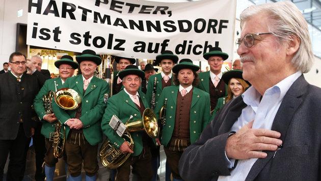 """""""Peter, Hartmannsdorf ist stolz auf dich!"""" (Bild: Gerhard Bartel)"""