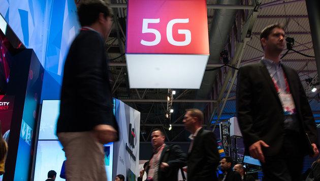 Mobilfunkbranche fiebert Turbonetz 5G entgegen (Bild: AFP)