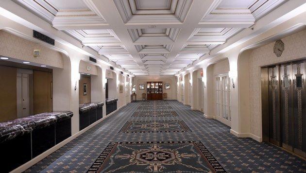 Blick auf den Gang im zweiten Stock des Hotels (Bild: AFP)