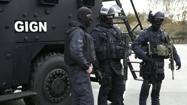 """Le Pen: """"Gift radikaler Islamisten ausrotten"""" (Bild: AFP/THOMAS SAMSON (Archivbild))"""