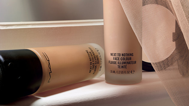 """Next To Nothing""-Make-up von MAC (Bild: MAC)"