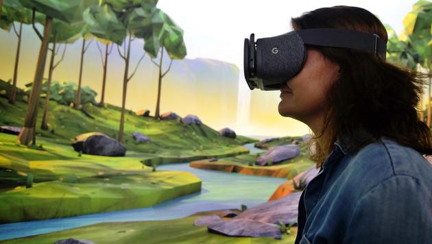 Google will VR auf alle Smartphones bringen (Bild: AFP)