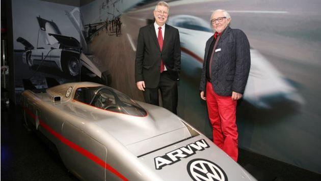 Eberhard Kittler und Rainer Deutenbach beim VW-Aerodynamic Research: 363 km/h, Bj. 1980 (Bild: Max Grill)