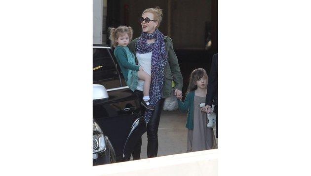 Nicole Kidman mitsamt den Töchtern Faith und Sunday Rose (Bild: face to face)