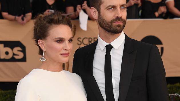 Natalie Portman und Ehemann Benjamin Millepied (Bild: Alberto E. Rodriguez/Getty Images/AFP)