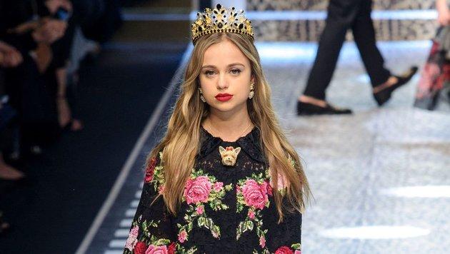 Amelia Windsor auf der Mailänder Fashion Week (Bild: face to face)