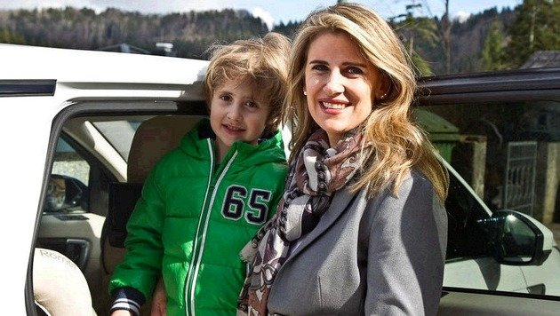 Daniel und seine Mama Alexandra können wieder lachen: Der Sechsjährige war nicht lange verschwunden. (Bild: FMT Pictures/Moser)