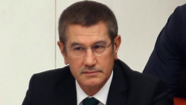 Vize-Premier Nurettin Canikli sorgt mit seiner Attacke gegen Österreich für einen neuen Eklat. (Bild: AFP)