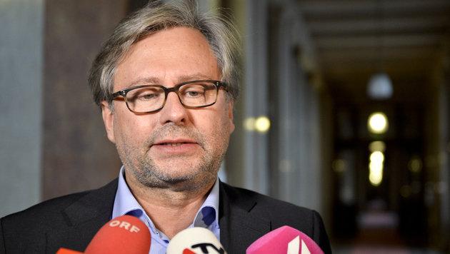 """ORF-Generaldirektor Wrabetz verspricht eine """"lückenlose Aufklärung"""". (Bild: APA/HERBERT NEUBAUER)"""