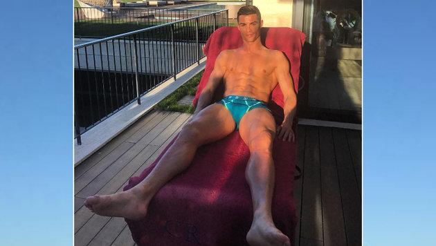 Leckerbissen für weibliche Sportfans: Cristiano Ronaldo präsentiert seinen durchtrainierten Körper! (Bild: instagram.com)