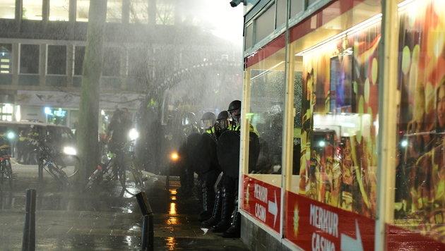 Türkei-Konflikt: Schwere Krawalle in Rotterdam (Bild: AFP or licensors)