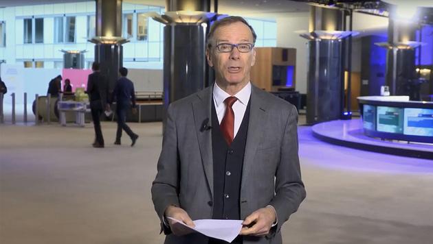 Eugen Freund in seiner Videobotschaft (Bild: Screenshot/YouTube.com)