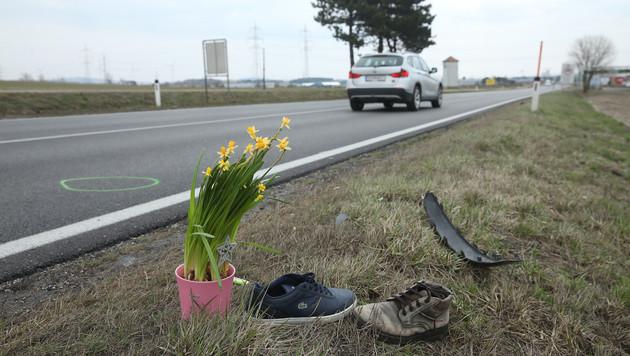 Hier auf der B4 im Bezirk Korneuburg kam es während der Rauferei zu dem Unglück. (Bild: Peter Tomschi)