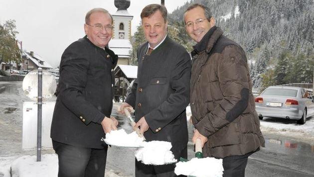 Spatenstich 2013: Alois Schedl (Asfinag), Bgm. Alfred Pfeifenberger, Alexander Walcher (Asfinag) (Bild: Roland Holitzky)